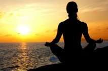 meditate woman sunset 28kb